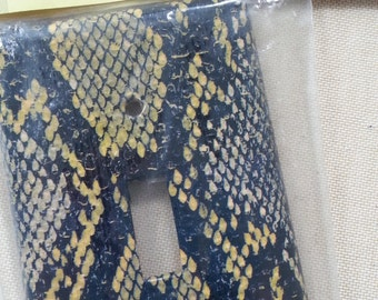 SNAKE Skin print  | LIGHT SWITCHPLATE | Single