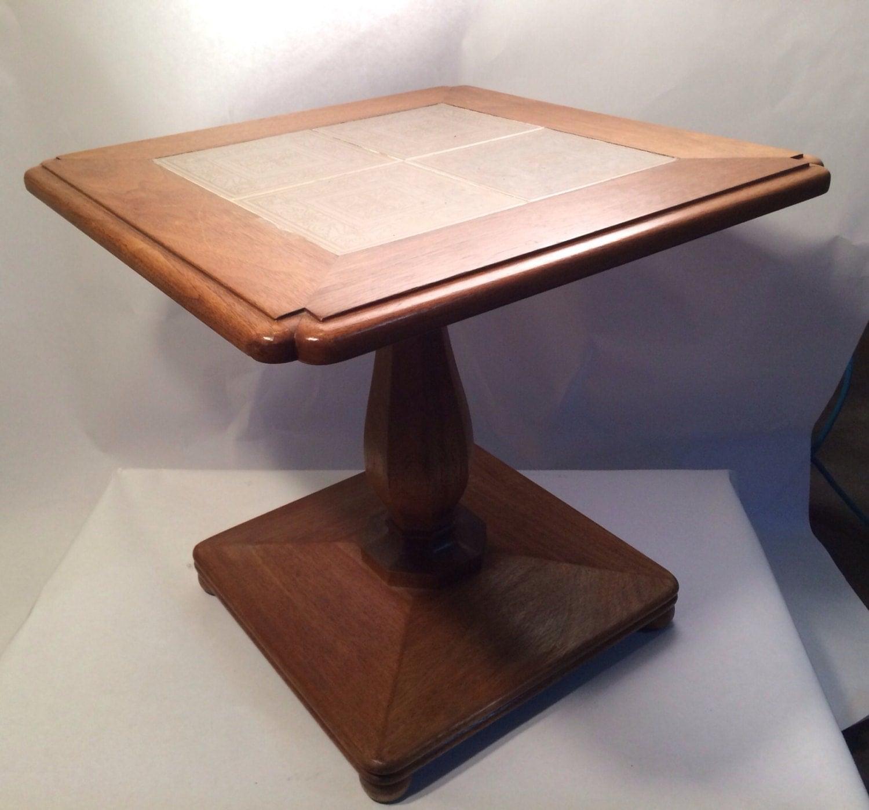 Pedestal table vintage original tiles on top haute juice - Table haute originale ...