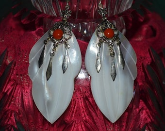 SALE...Beautiful Vintage Mother of Pearl  and Coral Carved shell earrings (1017144)