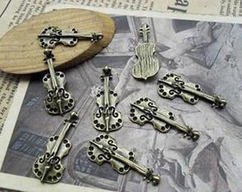 20pcs  Antique Bronze Lovely Cello Charms Pendant. c676-7