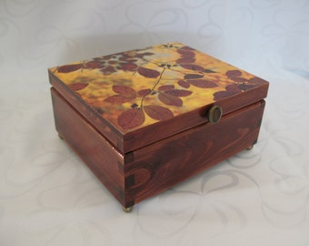 Wooden jewellery box  // gifts for her // bridesmaid gifts