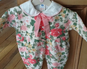 Vintage Boots Pretty Girl's All in One Size 3 Months Pinks and Greens