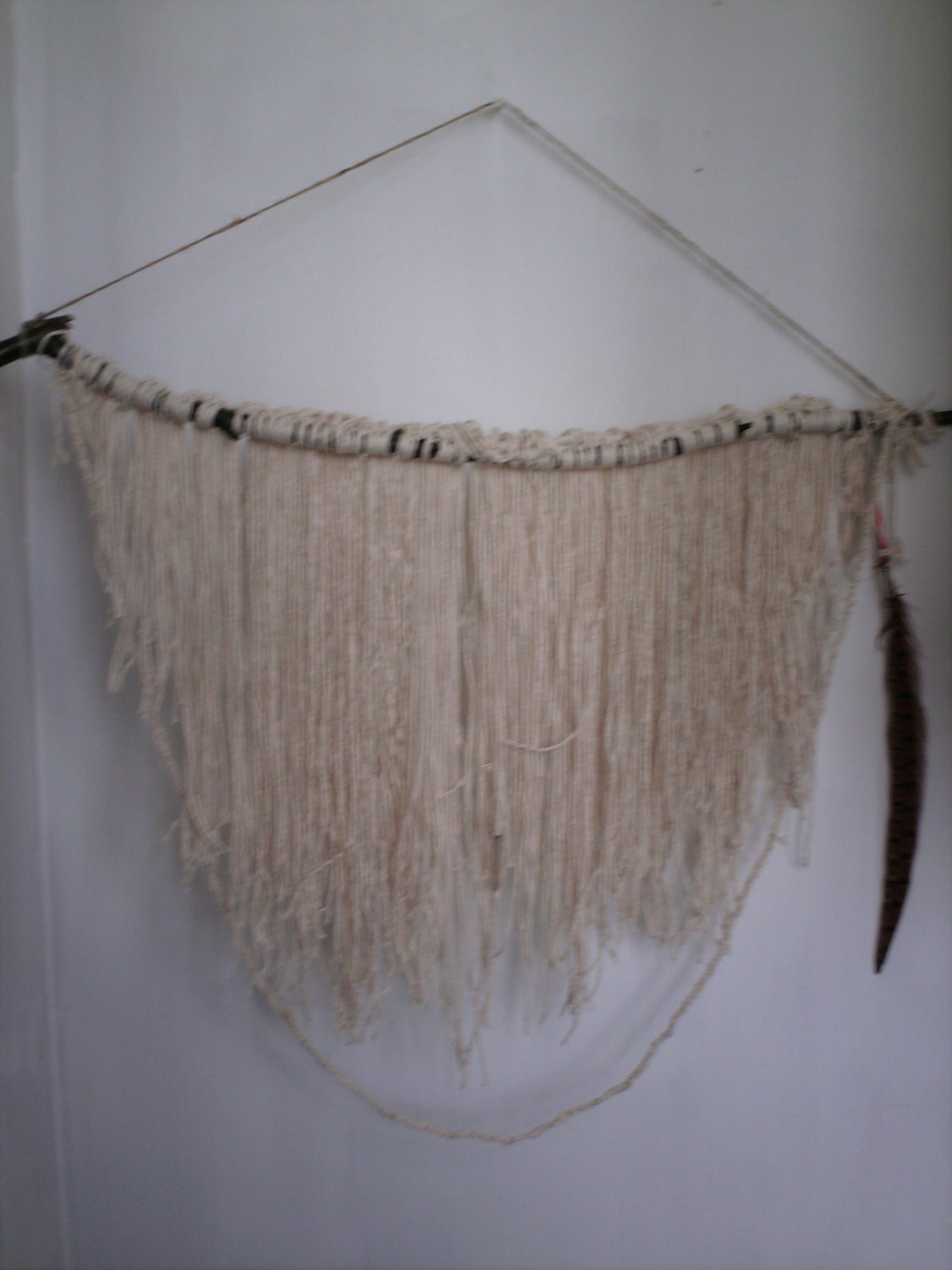 largenatural wall hanging made of string feather and wooden. Black Bedroom Furniture Sets. Home Design Ideas