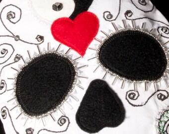 calaca: embroidered skull bag