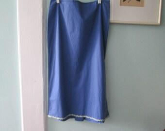 Vintage Pretty Blue Skirt With Trim
