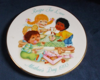 Avon Recipe For Love Mothers Day Plate 1993