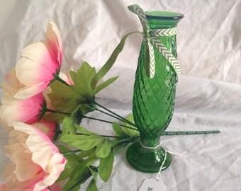 E O BRODY Green Glass Vase
