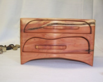Two Drawer Cedar Bandsaw Box