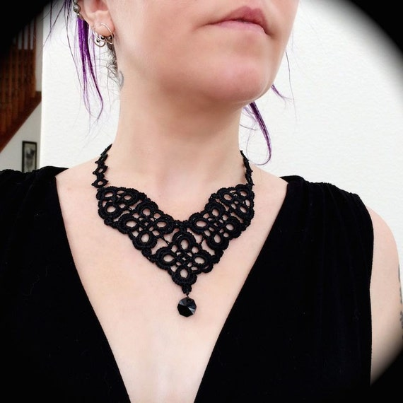 https://www.etsy.com/listing/195052357/tatted-lace-statement-necklace-diamond?