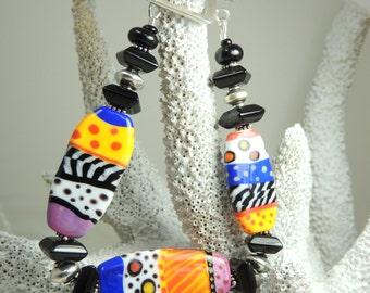 TOTALLY TABULAR Handmade Lampwork Bead Bracelet