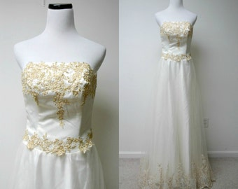 SALE!!! . I DO . off white bustier embroidered long gown . size 6