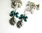 Childs Beehive Bow Bumble Bee Charm Necklace Pre Teen Girl Jewelry