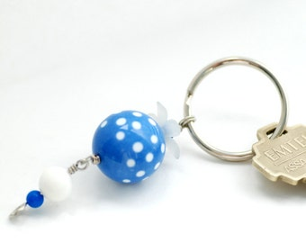 Key Chain, Blue and White Beaded Keychain, Keyring, Key Fob, Zipper Pull, Purse Charm, Bag Bauble, Lucite Key Ring, Polka Dot, Fun Keyring