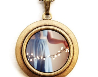 Twinkle Lights - Photo Locket - Dreamy White Lights Photo Locket Necklace