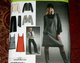 Uncut Simplicity 4097 Pattern - Easy Chic Wardrobe - Top, Jacket, Pants, Dress, Scarf - Size 6, 8, 10, 12, 14