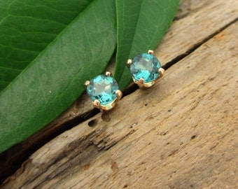 Blue Tourmaline Earrings In 14k Yellow Gold With Screw