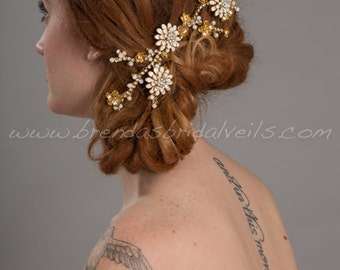 Gold Hair Vine Comb, Gold Metal Flower Headpiece, Pearl and Rhinestone Hair Comb, Bridal Flower Comb - Fiona