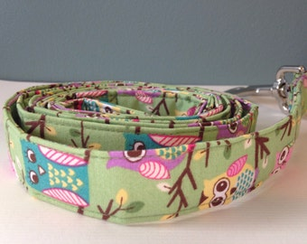 Colorful Owls on Bright Green Dog Leash