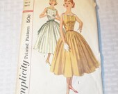 1950's Vintage Full Skirted Dress Simplicity # 2033 32 Inch Bust