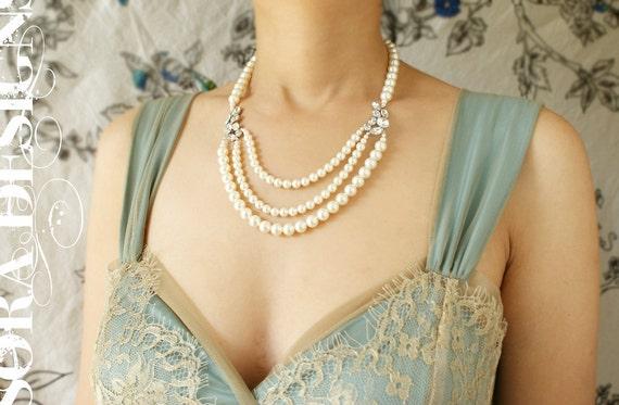 Bridal necklace, bridal jewelry Vintage art deco rhinestone wedding necklace, Vintage brooch triple strand pearl bridal OOAK wedding jewelry
