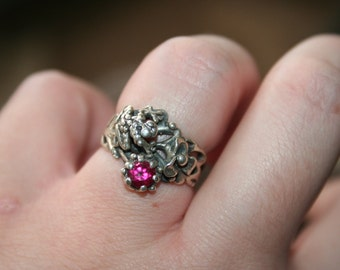 SALE... Vintage Sterling Silver Frog  flowers garnet stone Ring Twig Diorama  Stunning in size 7 and half