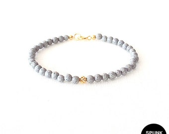 Gold Gemstone Bracelet - Feldspar - Spotted, Grey, Gold - The Stoned: Filigree 4mm Round