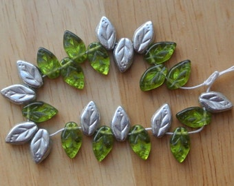Green Silver Foil Leaf Beads