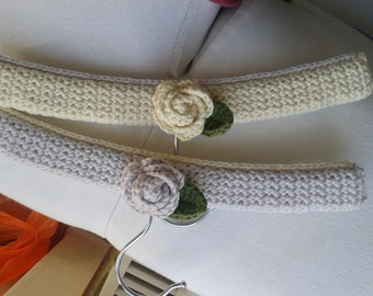 Set of two crochet baby hangers from Organic cotton