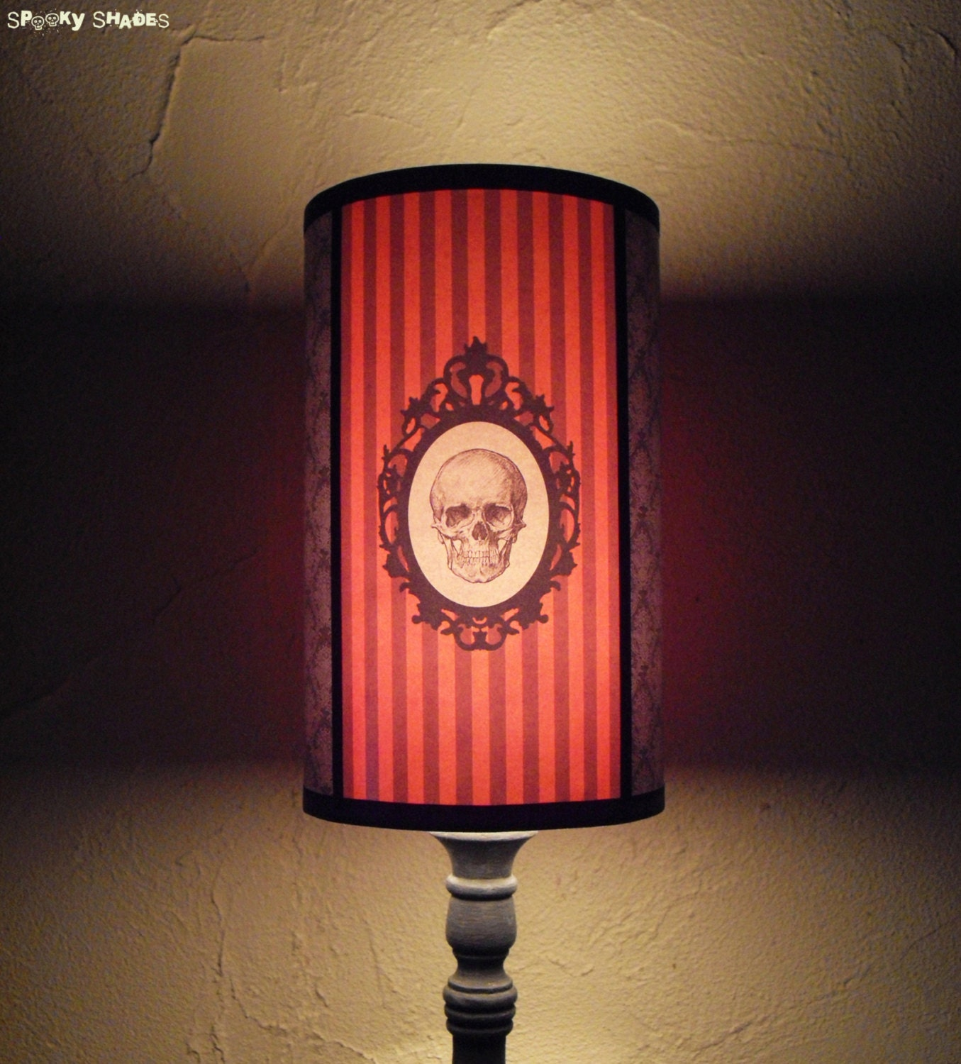 gothic skull orange lamp shade lampshade goth by spookyshades. Black Bedroom Furniture Sets. Home Design Ideas