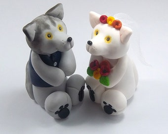 Wolf Cake Topper, Wedding Cake Topper, Handmade Figurines, Wedding Decoration, Animal Cake Topper