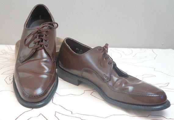 Vintage Leather Men's Wing Tips / Dress Shoe