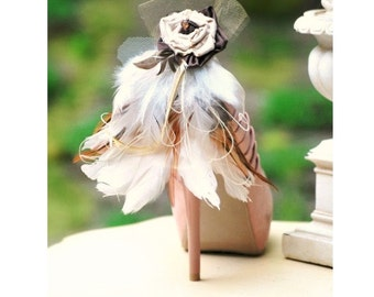 Wedding Shoe Clips Beige Tan Ivory Feathers. Night Party Sexy Sophisticated Elegant Holiday. Spring Statement Decoration Decorative Brooches