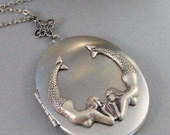 Mermaids Song,Mermaid,Silver Locket,Locket,Necklace,Antique Locket,Summer,Boho,Gypsy,Mermaid Necklace,Mermaid Locket.Blue.valleygirldesigns.