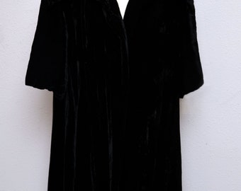 Vintage 50s 60s Coat // 1950s Black Velvet Clutch Coat // Evening Coat