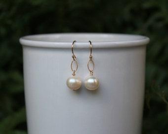 Freshwater Pearl Earrings, Gold, Silver, Chinese Pearl, Minimalist, Simple Pearl Earrings, White Pearl Drop Earrings, Lightweight Earrings