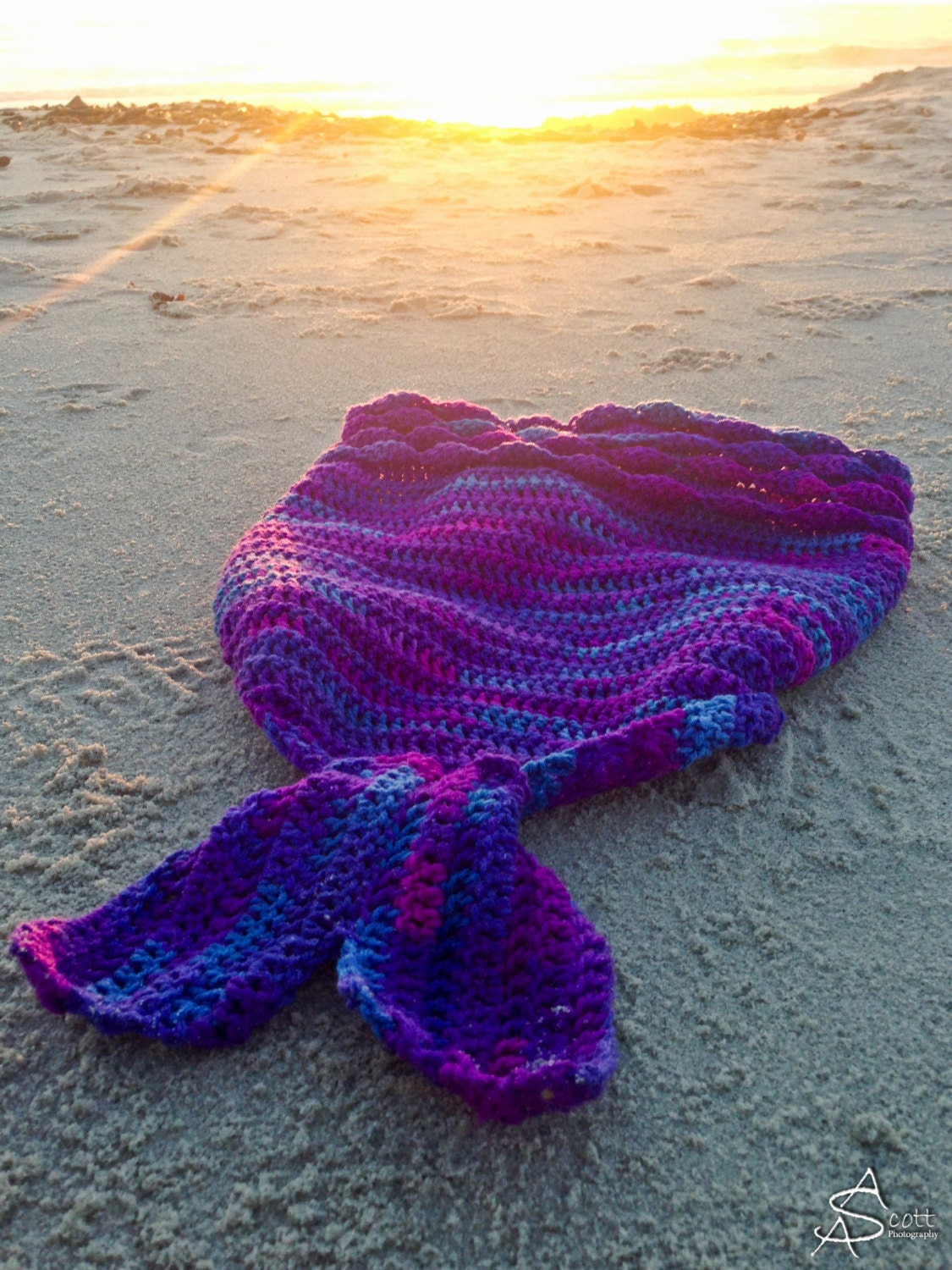Crochet Patterns Mermaid Blanket : Mermaid Blanket Crochet Pattern by RAKJpatterns on Etsy