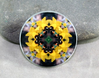 Honeybee Magnet Boho Chic Mandala New Age Sacred Geometry Hippie Kaleidoscope Busy Bee
