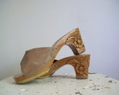 Vintage wood heeled sandals size 7 Kamaa from 1979 carved heel mules taupe leather upper excellent condition