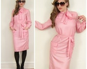 Vintage 1970s Day Dress in Pink / 70s Pink Dress with Pussycat Bow NOS / Medium
