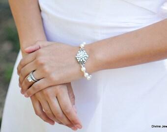 ivory swarovski pearl and crystal Bracelet Statement Bridal Bracelet Bridal Cuff Wedding Rhinestone Bracelet swarovski crystal CIARA