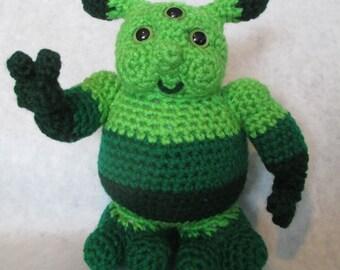 Little Green Man - Amigurumi Crochet Pattern