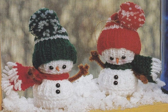 Free Christmas Knitting Patterns Snowman : Items similar to snowman knitting pattern christmas