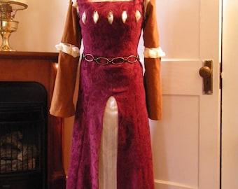 Susan's Coronation Dress, S-M