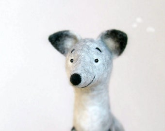Felt Toy Silver Fox - Antuon, Art Toy Fox plush Felted Fox Woodland plush Marionette Puppet Felt Animal Stuffed Toy. gray. MADE TO ORDER