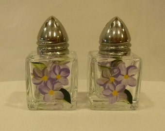 Hand Painted Mini Salt and Pepper Shakers Lavender Daisies Flowers