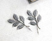 Silver Branch Bobby Pins Antique Silver Leaf Hair Pins Nature Hair Accessories Woodland Wedding Grey Winter Forest Leaves for Hair Slides