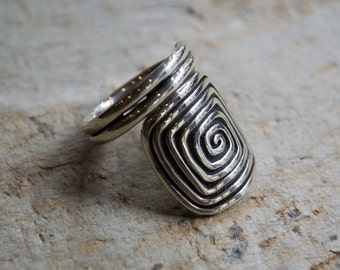 Sterling Silver Ring, Eternity Spiral Jewelry, Sterling Silver Wire, Silver Spiral Ring, Eternity Spirals Pattern, Oxidized Silver Jewelry