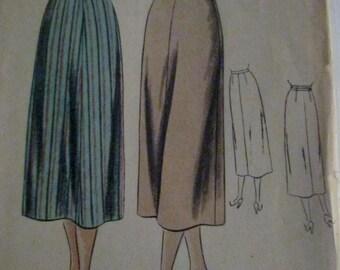 Vogue 6333 Womens 40s Pencil Skirt Sewing Pattern Hip 35