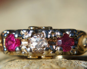 1900's Diamond and Ruby Gold Eternity Band