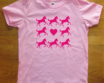 Horse Shirt - Girls Love Horses Shirt - 7 Colors - Kids Tee Tshirt Sizes 2T, 4T, 6, 8, 10, 12 - Gift Friendly